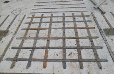 板顶粘贴钢板