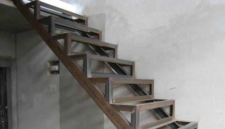 钢结构楼梯设计制作的要点都有哪些